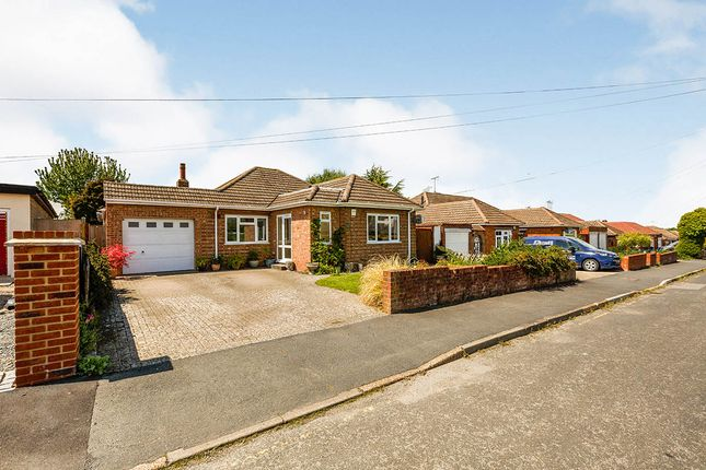Thumbnail Bungalow for sale in Orchard Drive, Meopham, Kent