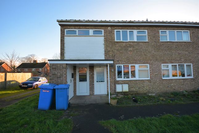Thumbnail Flat to rent in Normanshurst Close, Lowestoft, Suffolk