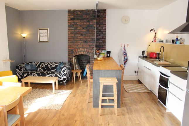 Thumbnail Flat for sale in Oldham Street, Manchester