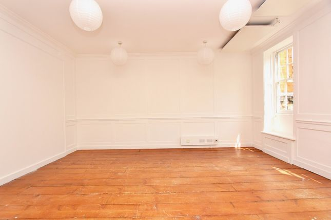 2 bed property to rent in Stoke Newington High Street, London N16