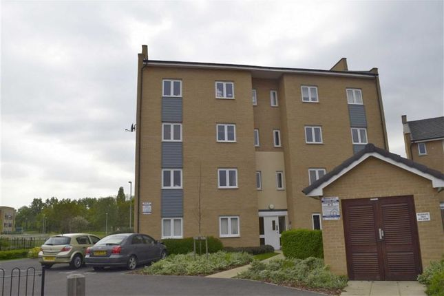 Thumbnail Flat to rent in Clenshaw Path, Basildon, Essex