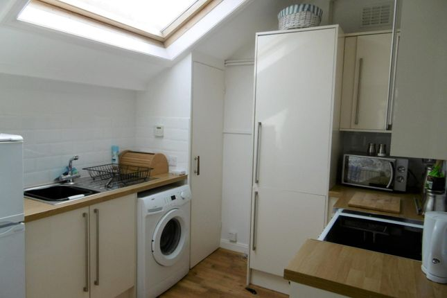 1 bed flat to rent in The Goffs, Eastbourne