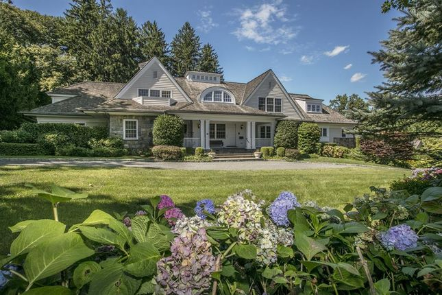 Photo of 19 Sheldrake Road, Scarsdale, New York, United States Of America