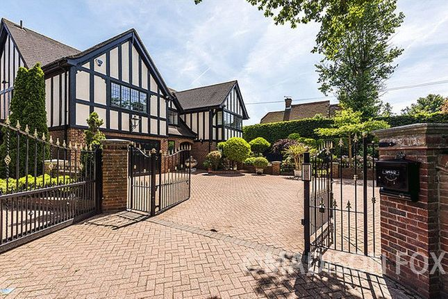 Thumbnail Detached house for sale in Bury Lane, Epping