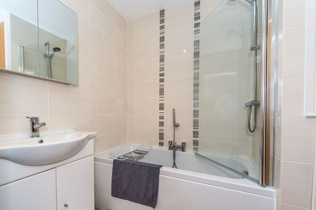 Bathroom of Cowley Court Cowley Hill Lane, St. Helens, Merseyside WA10