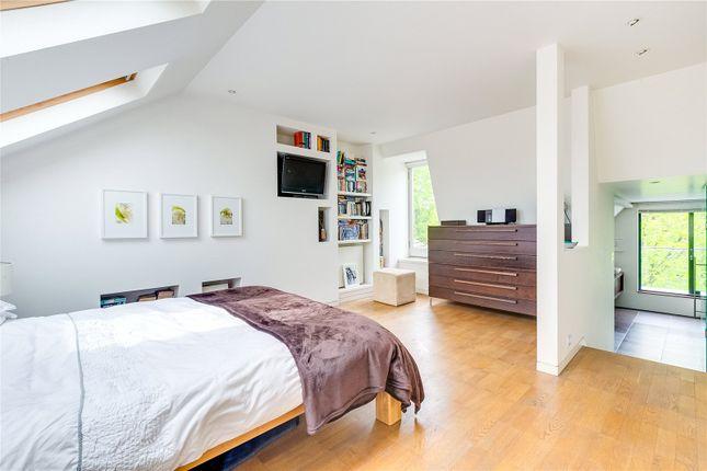 Bedroom of Atalanta Street, London SW6