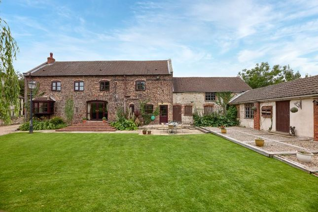 Thumbnail Property for sale in Thorpe In Balne, Doncaster