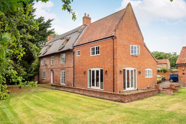 Thumbnail Detached house for sale in South Walsham Road, Panxworth