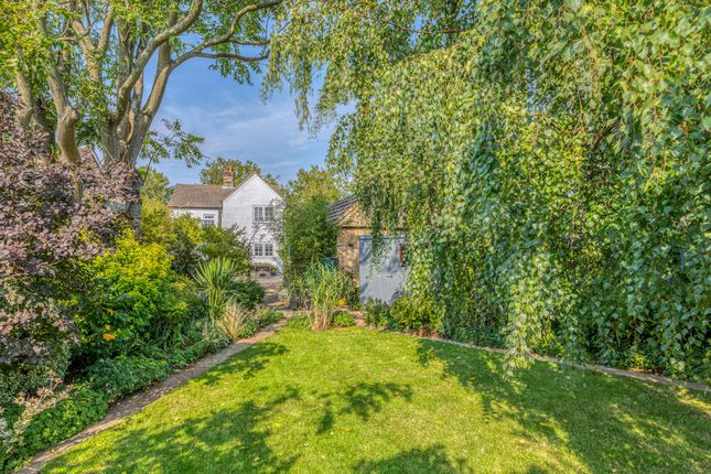 Thumbnail Detached house for sale in Arlesey Road, Stotfold, Hitchin, Herts