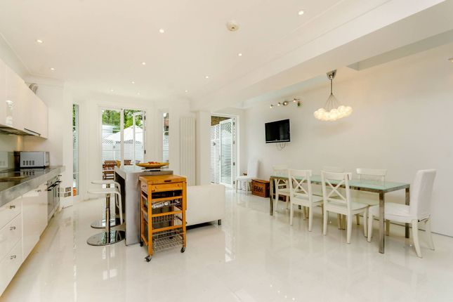 Thumbnail Terraced house to rent in Westover Road, Wandsworth
