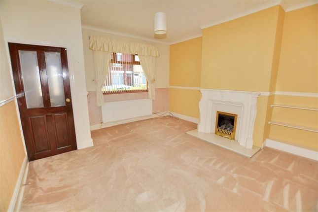 Thumbnail Terraced house to rent in Queens Road, Askern, Doncaster