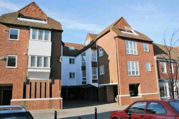 1 bed flat to rent in Stour Court, Canterbury CT1