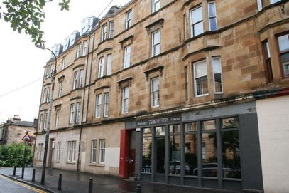 Thumbnail Flat to rent in Bank Street, Glasgow