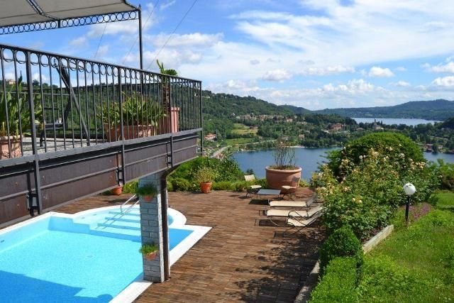 5 bed property for sale in Lake Orta, Italy