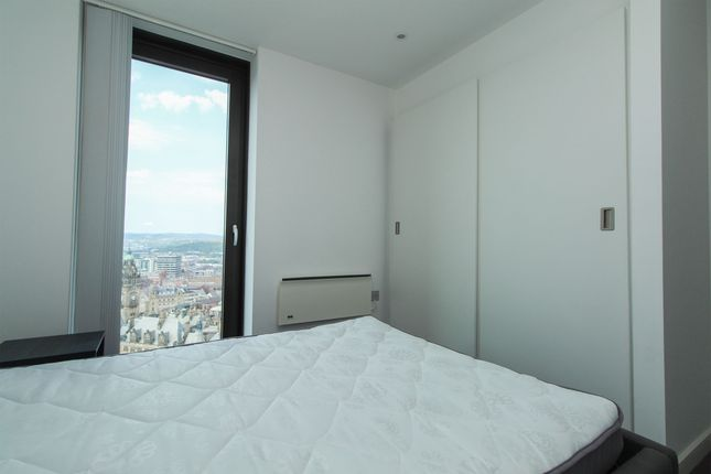 Bedroom 1 of 22nd Floor, City Lofts, 7 St Pauls Square S1