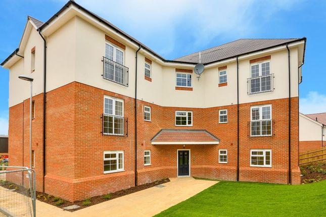 Thumbnail Flat to rent in Millstone Way, Harpenden, Hertfordshire