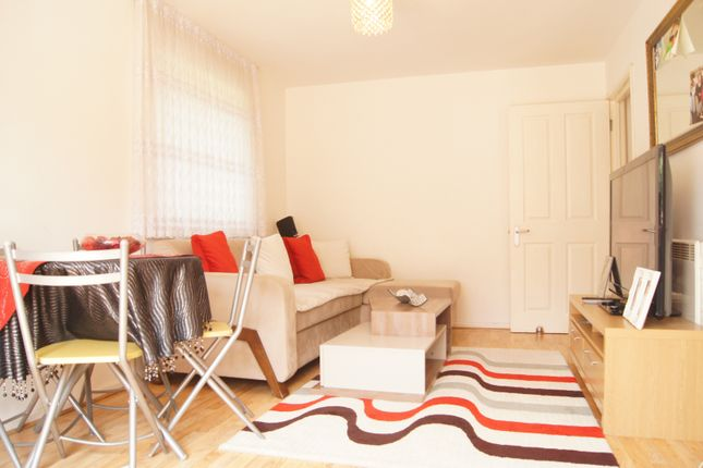 Thumbnail Flat for sale in Tysoe Avenue, Enfield Lock