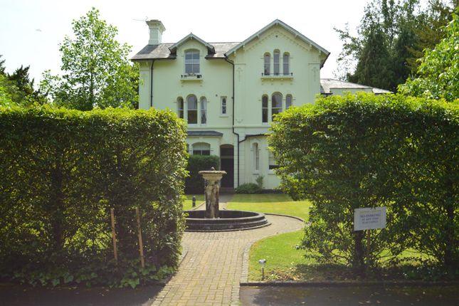 Thumbnail Flat for sale in Broadwater Down, Tunbridge Wells