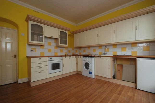 Town house to rent in Gunns Court, Upper St. Giles Street, Norwich