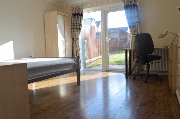 Thumbnail Town house to rent in Comet Avenue, Milehouse, Near Keele, Newcastle-Under-Lyme