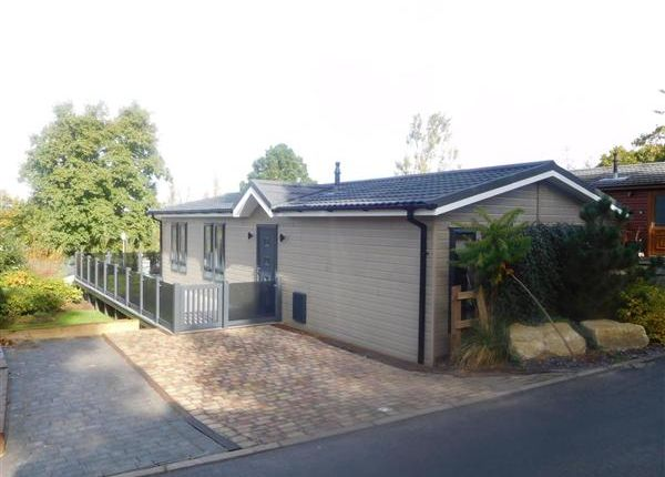Thumbnail Property for sale in Woodland Falls, Rockley Park, Poole