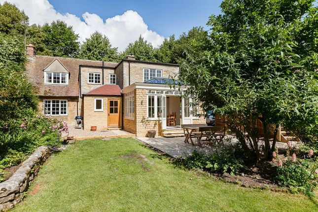 Thumbnail Cottage for sale in Heythrop, Oxfordshire