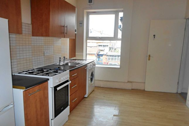 Thumbnail Flat to rent in Walbrook Road, New Normanton, Derby