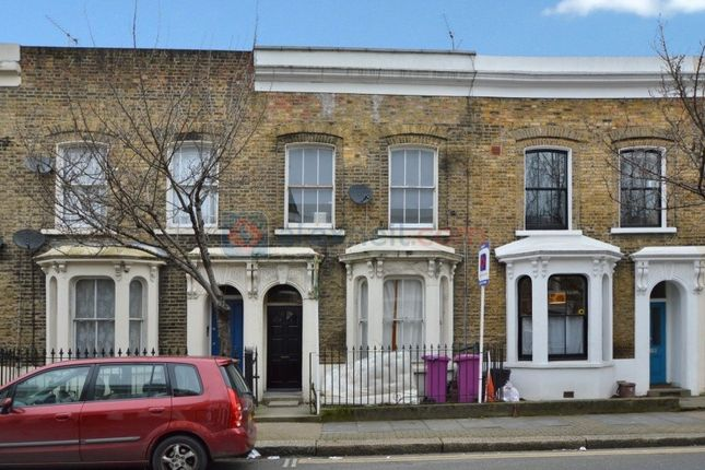 Thumbnail Terraced house to rent in Old Ford Road, London