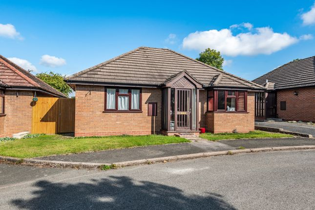 2 bed detached bungalow for sale in 4, Willow Bank Close, Throckmorton WR10