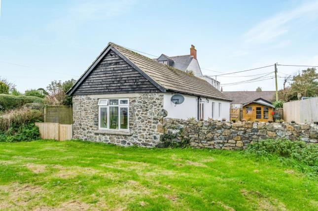 Thumbnail Bungalow for sale in Helston, Cornwall