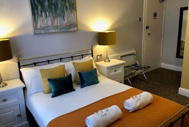 Thumbnail Hotel/guest house for sale in Barry, Vale Of Glamorgan