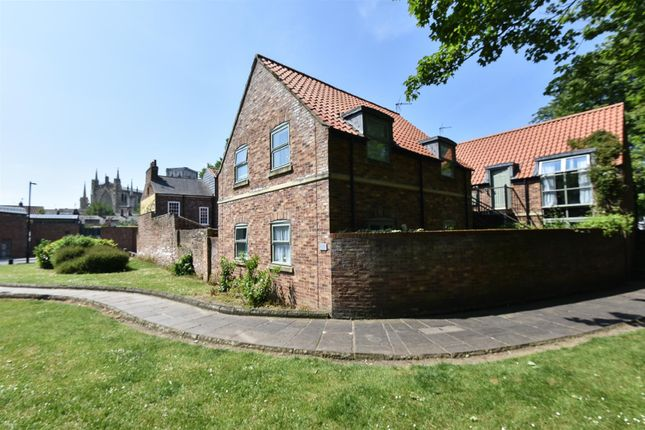 Thumbnail Detached house for sale in High Newbiggin Street, York