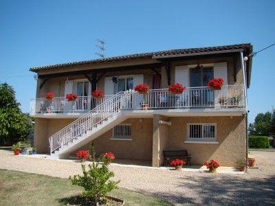 4 bed property for sale in Sainte-Foy-La-Grande, Dordogne, France