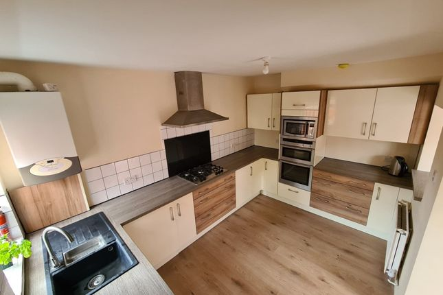 Thumbnail 4 bed semi-detached house for sale in Whitley Wood Lane, Reading, Berkshire