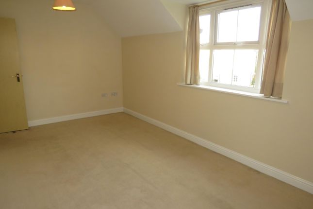 Thumbnail Property to rent in Kingfisher Court, Calne