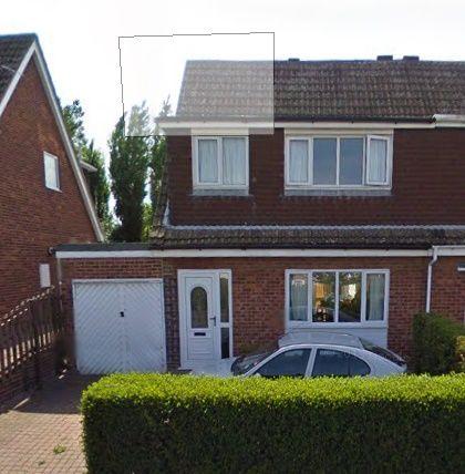 Thumbnail Semi-detached bungalow to rent in Hollingthorpe Lane, Wakefield
