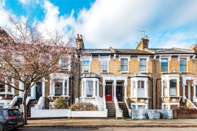 Picture No. 32 of Leconfield Road, London N5