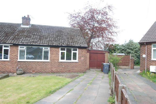 Thumbnail Bungalow to rent in Shirley Avenue, Hyde, Cheshire