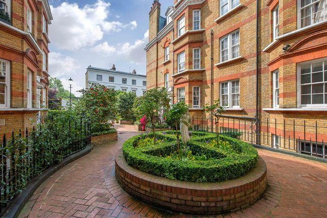 Thumbnail Flat to rent in Pitt Street, London