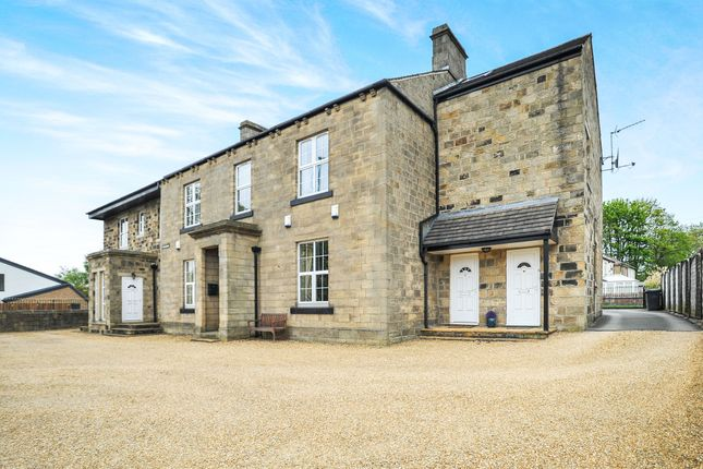Thumbnail Flat for sale in New Road, Yeadon, Leeds