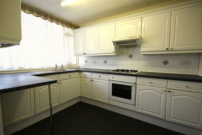 Thumbnail Terraced house to rent in Guillemot Close, Hythe, Southampton