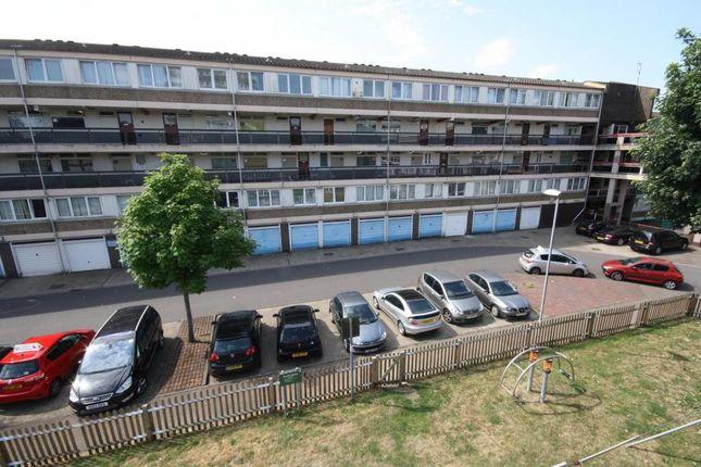 Thumbnail Maisonette to rent in Burritt Road, Norbiton, Kingston Upon Thames