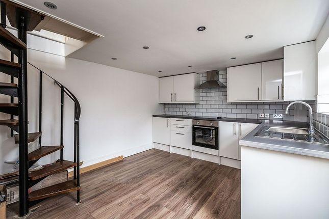 3 bed property to rent in Hamerton Road, Northfleet, Gravesend DA11