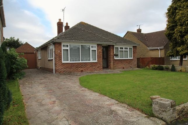 Thumbnail Detached bungalow for sale in Highclere Avenue, Swindon