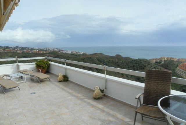 Terrace And Views To Benalmádena