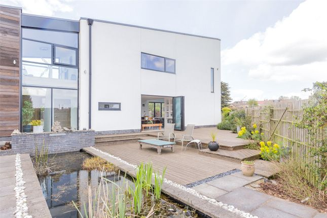 Thumbnail Detached house for sale in Top Road, Barnby Dun, Doncaster, South Yorkshire