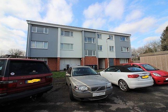 Thumbnail Flat for sale in Warwick Close, New Inn, Pontypool