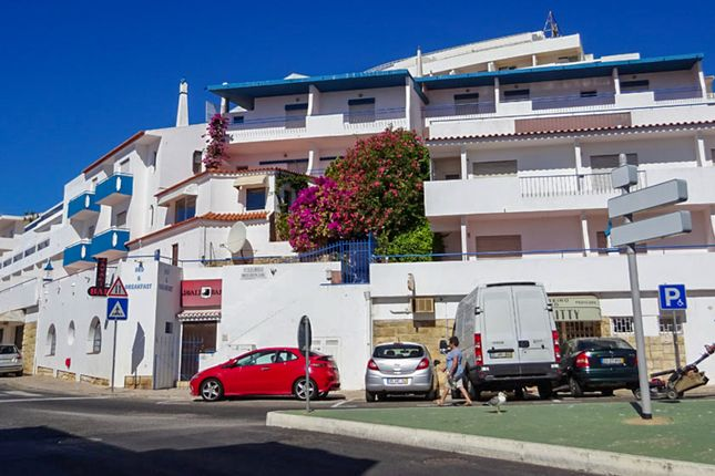 Thumbnail Property for sale in Albufeira, Albufeira, Portugal