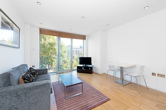 1 bed flat for sale in Tower Bridge Road, London Bridge