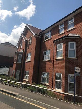Thumbnail Flat to rent in Kensington Court, South Road, Luton